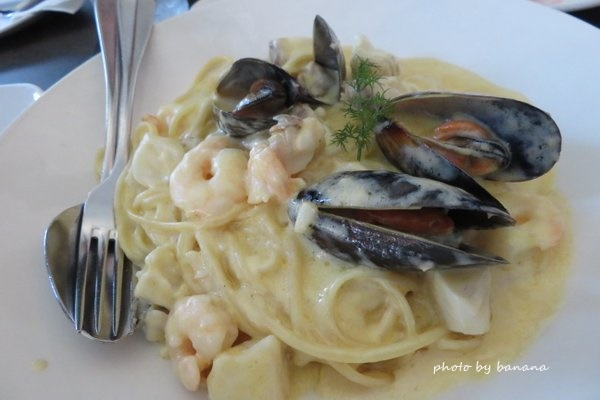 ケアンズ バーナクルズビルズシーフードイン barnacle Bill!s Seafood inn おすすめ シーフードパスタ seafoodpasta