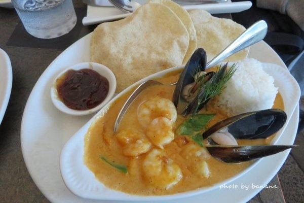 ケアンズ バーナクルズビルズシーフードイン barnacle Bill!s Seafood inn おすすめ シーフードカレー seafoodcarry