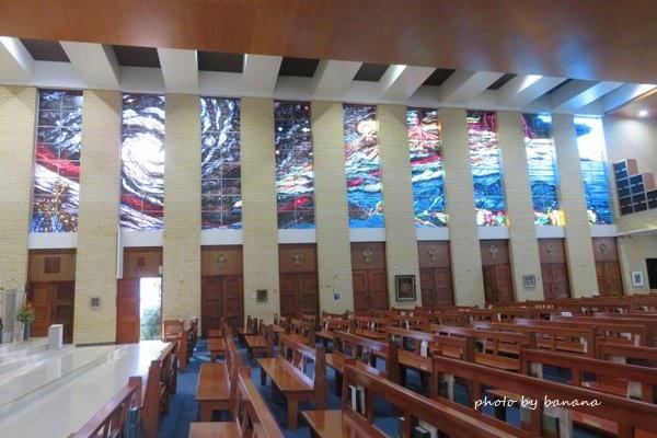 ケアンズ セントモニカズ・カテドラル St.Monica's Cathedral ステンドグラス教会 Stained glass