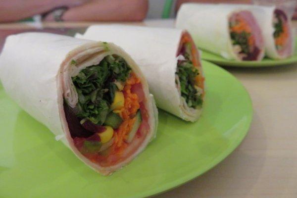 ポートダグラス カフェ Under Wraps Port Douglas Cafe