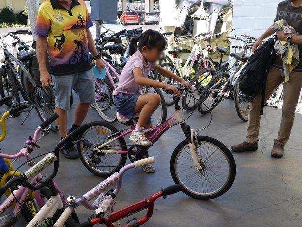 ポートダグラス 家族旅行 子供 レンタサイクル Port Douglas bike