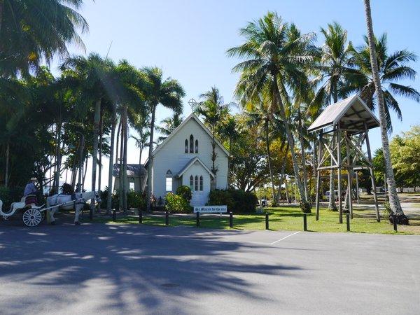 ポートダグラス AnzacPark セントメアリーズ・バイ・ザ・シー St.Mary's by the sea 教会